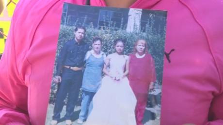 cnnee pkg krupskaia alis tultepec desaparecidos familiares estallido pirotecnia_00000113
