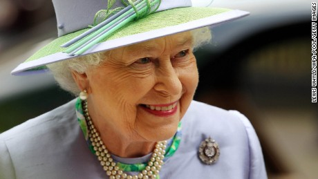 LONDON, ENGLAND - MAY 30: Queen Elizabeth II attends a dinner with The Argyll and Sutherland Highlanders, 5th Battalion The Royal Regiment of Scotland at the Caledonian Club on May 30, 2012 in London, England. (Photo by Lewis Whyld/WPA-Pool/Getty Images)