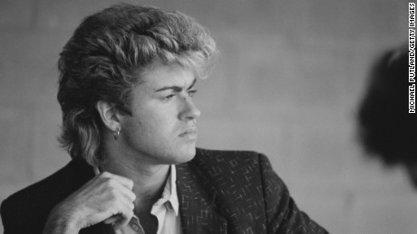 British singer-songwriter George Michael of Wham!, during the pop duo's 1985 world tour, January 1985.'The Big Tour' took in the UK, Japan, Australia, China and the US. (Photo by Michael Putland/Getty Images)