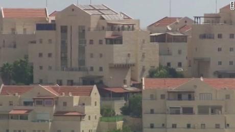 palestinians on israeli settlements sitroom sciutto segment_00002512.jpg