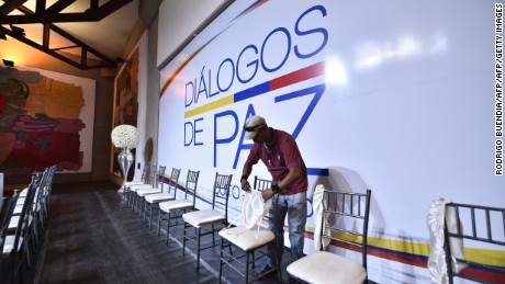 "Employees make preparations for the start of the talks between the government of Colombia and the ELN guerrillas in ""La capilla del Hombre"", Guayasamin Museum in Quito on October 27, 2016. / AFP / RODRIGO BUENDIA        (Photo credit should read RODRIGO BUENDIA/AFP/Getty Images)"