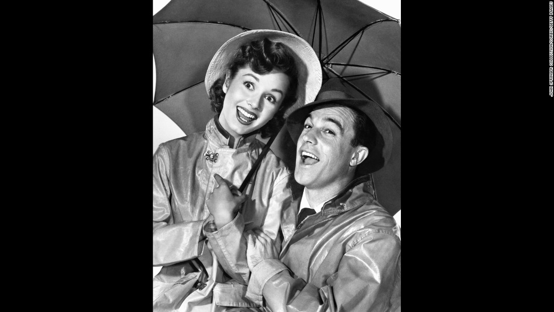 "Reynolds starred with Gene Kelly in 1952's ""Singin' in the Rain."" When the movie started production, Reynolds didn't know how to dance and was taught by Kelly, also the choreographer of the film."