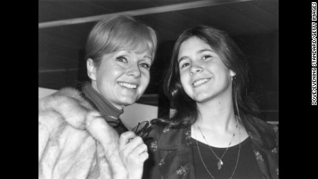 12th February 1972:  American actress Debbie Reynolds with her daughter Carrie Fisher.  (Photo by Dove/Evening Standard/Getty Images)