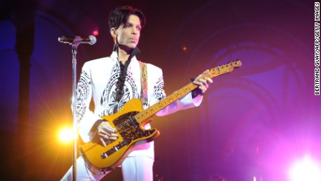 Prince performs on October 11, 2009 at the Grand Palais in Paris.