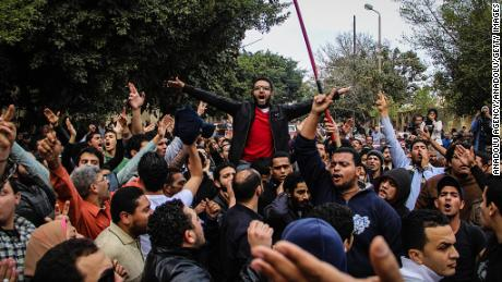 ALEXANDRIA, EGYPT - JANUARY 25: Hundreds of people protest the killing of Socialist Popular Alliance Party activist Shaimaa al-Sabbagh, shot to death during the protests held for the fourth anniversary of Egypt's January 25 revolution within Arab Spring, during Sabbagh's funeral in Alexandria, Egypt on January 25, 2015. (Photo by Ibrahim Ramadan/Anadolu Agency/Getty Images)