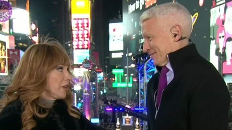 new years eve anderson cooper kathy griffin sports nyc_00000521.jpg