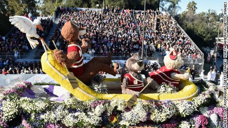 PASADENA, CA - JANUARY 01:  The La Canada Flintridge float participates in the 127th Tournament of Roses Parade presented by Honda on January 1, 2016 in Pasadena, California.  (Photo by Alberto E. Rodriguez/Getty Images)
