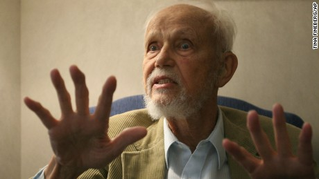 "** ADVANCE FOR FRIDAY AMS, SEPT. 23 **World religions scholar Huston Smith, 86, gestures during an interview in New York Sept. 16, 2005. Smith's latest book is ""The Soul of Christianity: Restoring the Great Tradition.""  (AP Photo/Tina Fineberg)"