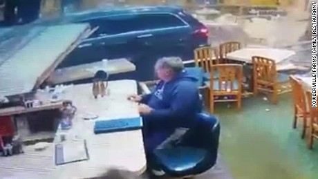 car drives into restaurant hln banfield_00001819.jpg