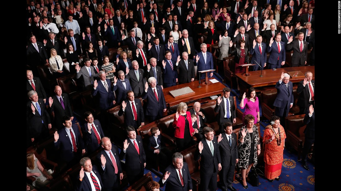 Members of the 115th Congress take the oath of office in Washington on Tuesday, January 3.<br />