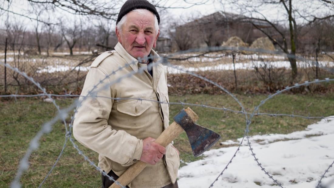 videos world russia georgia border limbo victim sdg orig.cnn