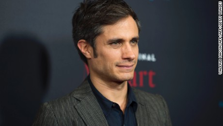 Actor Gael Garcia Bernal attends the Mozart in The Jungle Special Screening and Holiday Concert, on December 1, 2016, at Grove, In Los Angeles, California. / AFP / VALERIE MACON        (Photo credit should read VALERIE MACON/AFP/Getty Images)