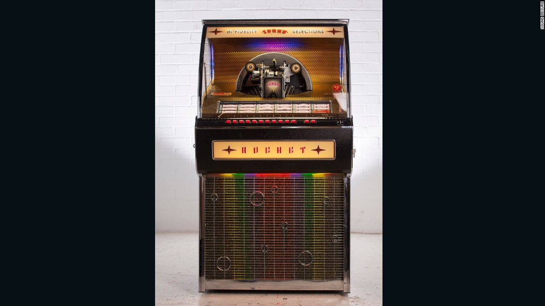 The company has taken unprecedented advanced orders for its latest model: an all-vinyl record jukebox.