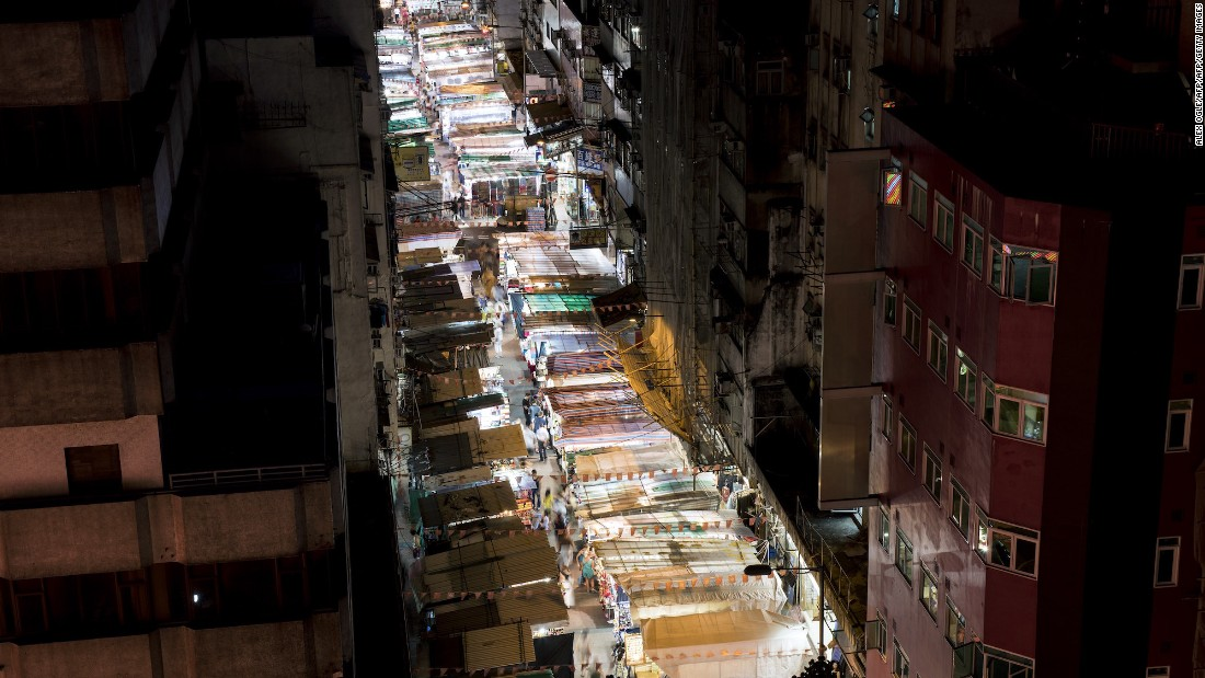 <strong>Temple Street: </strong>You can find any souvenir under the sun at this kilometer-long open-air market, seen here from above. Fortune Teller's Lane, filled with palm and tarot card readers, is nearby.