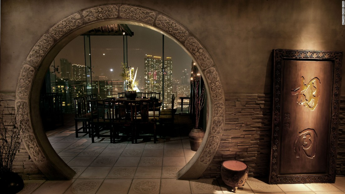 <strong>Hutong: </strong>Kowloon restaurant Hutong, which serves northern-style Chinese cuisine, offers stunning views of the city's central business district skyline across the harbor.