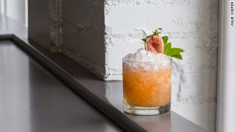 Fig Cobbler cocktail