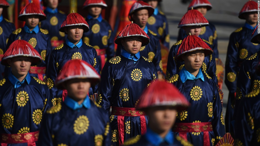<strong>Ditan Park, Beijing: </strong>More than 100 performers will dress as Qing emperor and imperial guards to take part in a reenactment of an ancient ceremony at the Temple of the Earth in Ditan Park in Beijing during Spring Festival.