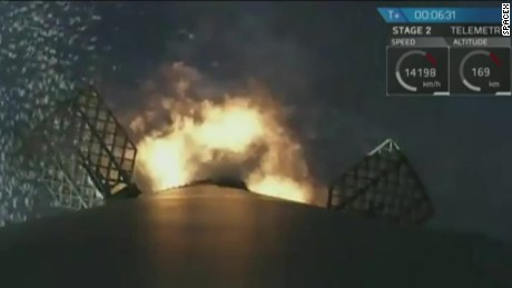 spaceX iridium 1 mission rocket landing bts_00002903.jpg