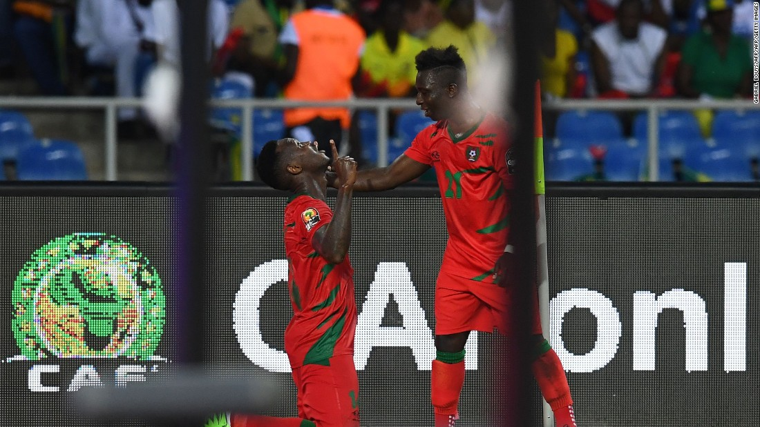 As stoppage time approached, Guinea-Bissau's defender Juary Soares (L) equalized to secure his country its first ever point at an AFCON tournament.