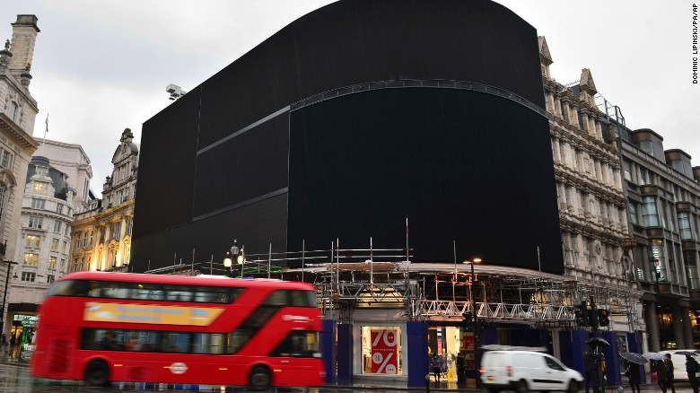 Lights go out at Piccadilly Circus