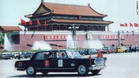 Using classic cars to share the history of Communist China