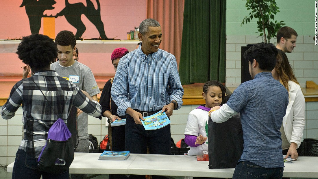 Obama looks to lock in $1 billion to schools with low-income kids