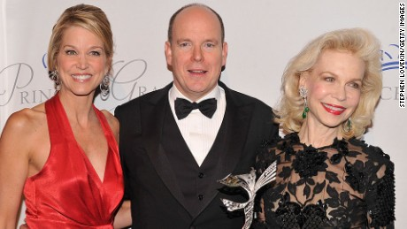 Lynn Wyatt, right, at a 2012 event with Paula Zahn and Prince Albert II of Monaco