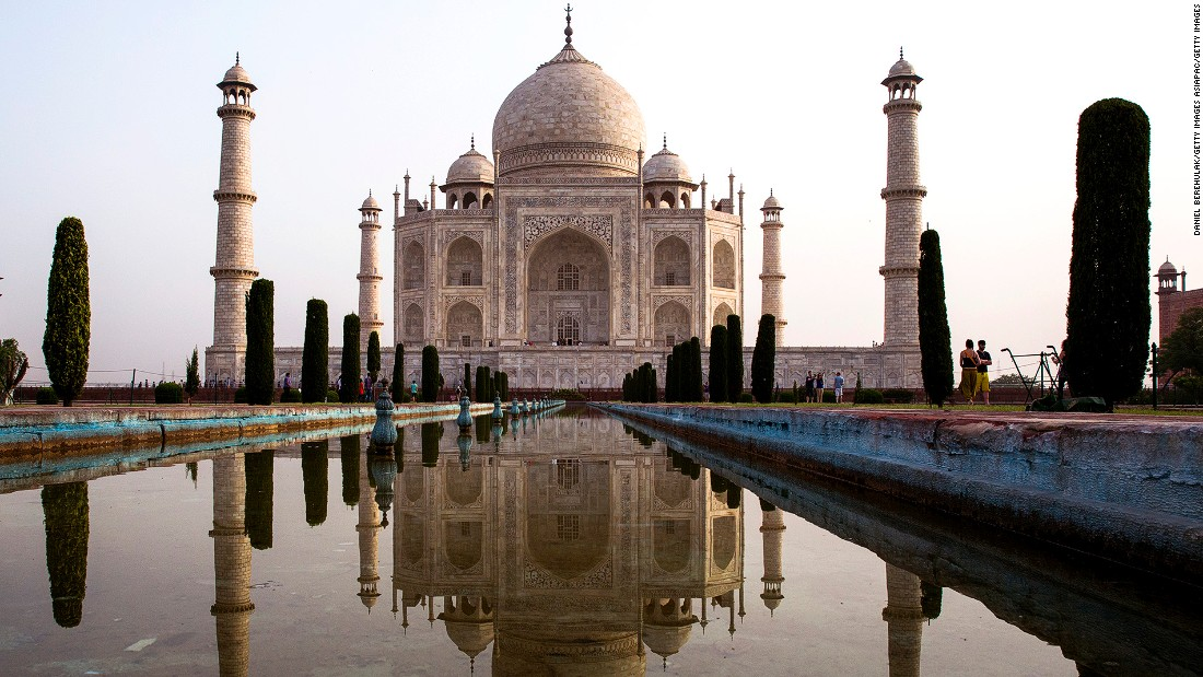 <strong>Taj Mahal, Agra, Uttar Pradesh: </strong>No list of beautiful places in India would be complete without the Taj Mahal. The ivory marble mausoleum was built in the 1600s by the Mughal emperor Shah Jahan in memory of his third wife, Mumtaz Mahal, who is buried there alongside Jahan.