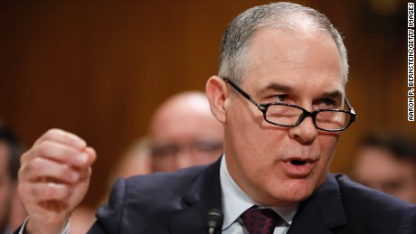 Pruitt tries to soothe worries at EPA