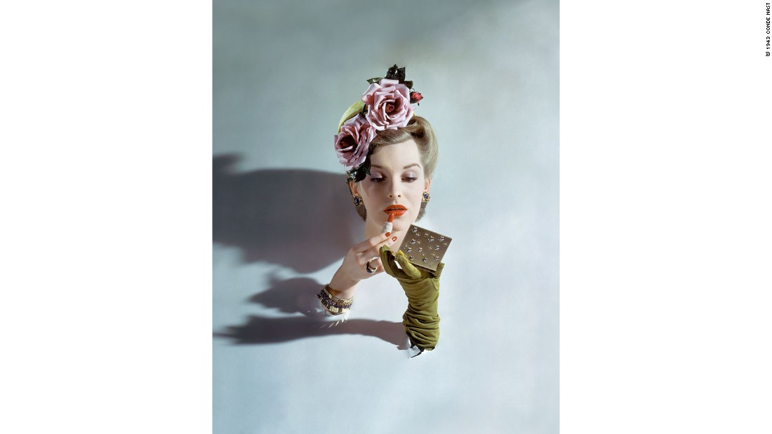 A photo by John Rawlings for the March 1943 edition of American Vogue. Rawlings shot for Conde Nast from the 1930s through to the 1960s, garnering an archive of over 30,000 photos.<br />