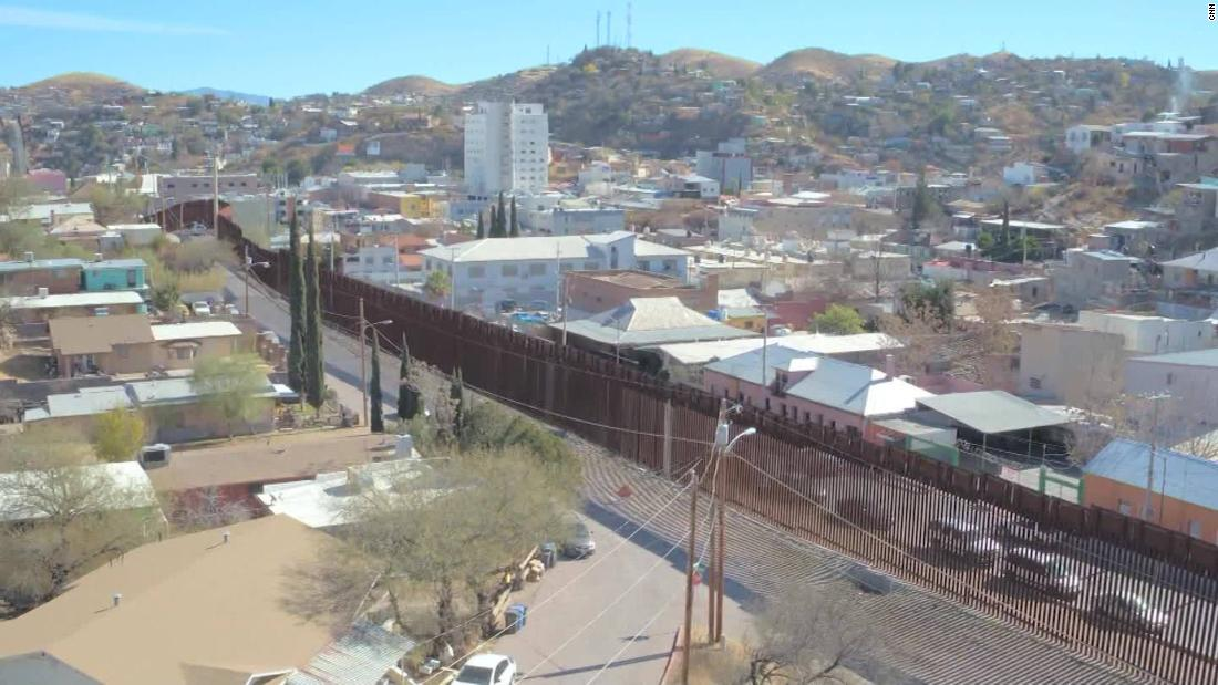 What The USMexico Border Really Looks Like CNN Video - Current us mexico wall map