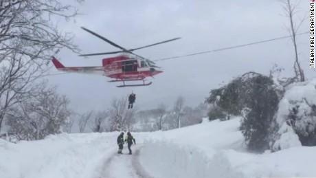 italy avalanche hotel earthquake nadeau lok_00002502.jpg