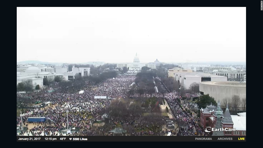 Comparing Trump's inauguration crowd to the Women's March