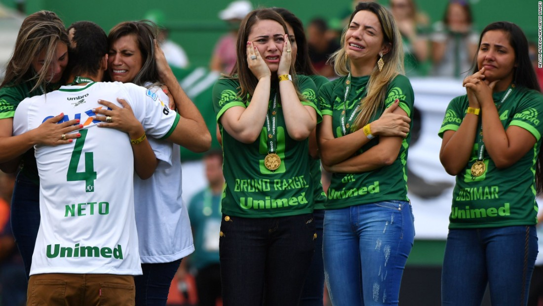 Helio Neto was one of only three Chapecoense players to survive a plane crash that killed 71 passengers in November. On Saturday, in the Brazilian club's first game since the tragedy, he joined relatives of those who died on the pitch at the club's stadium in Chapeco, Santa Catarina state.
