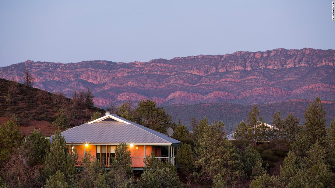 <strong>Rawnsley Park Station, Australia:</strong> North of Adelaide in the atmospheric Flinders Range, Rawnsley Park's luxury eco villas sit within a sheep station.