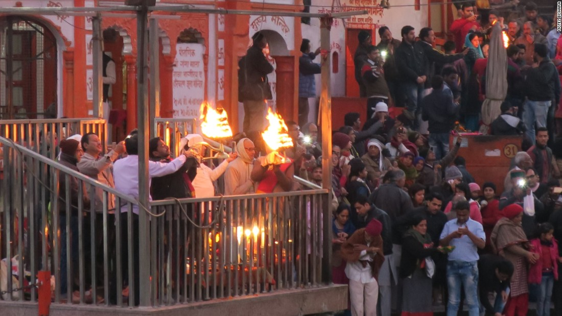 "<strong>Nightly ritual: </strong>Haridwar has its own nightly aarti sessions, which are less catered to tourists. Be wary of false holy men looking to fleece you for a ""donation,"" however."