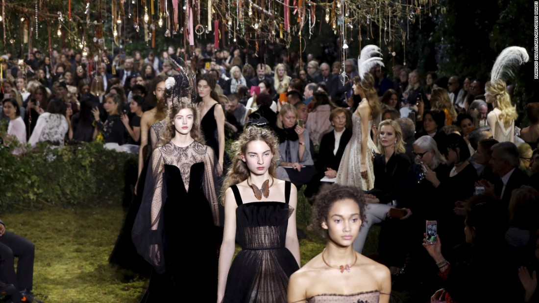 The show was presented at Paris' Musee Rodin. The set designed like a fairytale garden.