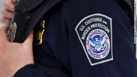 US-Mexico border apprehensions hit 17-year lows