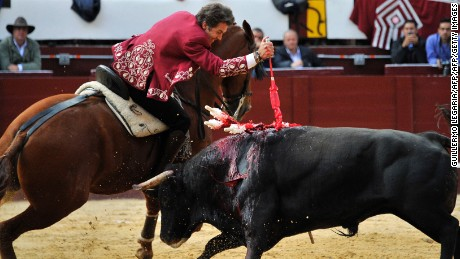 """Spanish """"rejoneador"""" Pablo Hermoso de Mendoza performs during a bullfight at the Santamaria bullring in downtown Bogota, Colombia, on January 29, 2017  The historic Santamaria bullring starts the bullfighting season of """"Freedom"""", which divides public opinion in Bogota and returns by order of the Constitutional Court after an absence of more than four years. / AFP / GUILLERMO LEGARIA        (Photo credit should read GUILLERMO LEGARIA/AFP/Getty Images)"""