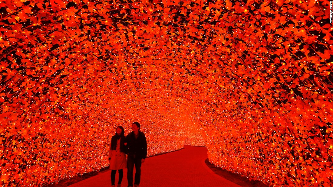 Nabana No Sato: Japan's most extravagant light display ...