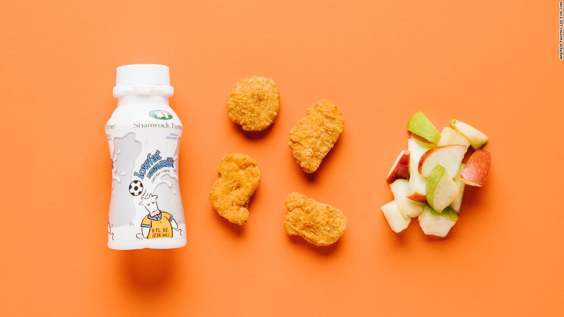 We like the four-piece white meat chicken nuggets for smaller stomachs. Skip the fries and opt for apple slices to boost fiber and vitamin C. And adding low-fat milk delivers calcium and vitamin D for growing bones.