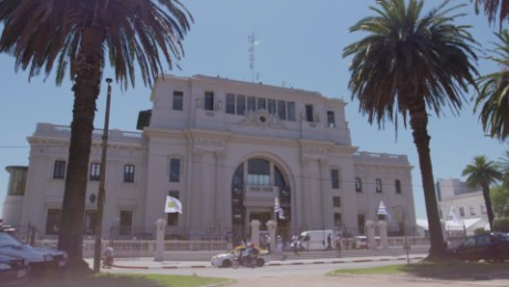 cnnee pkg al galope historia hipodromo maroñas_00011018.jpg
