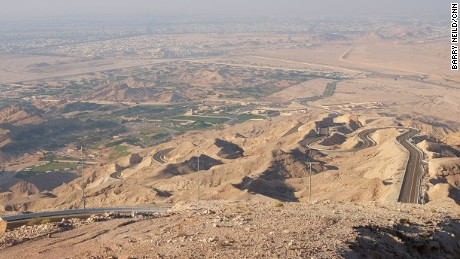 Jebel Hafeet: The road to nowhere.