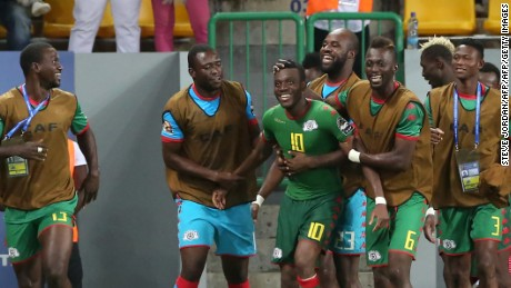 Burkina Faso's players celebrate a goal during the 2017 Africa Cup of Nations third place football match between Burkina Faso and Ghana in Port-Gentil on February 4, 2017. / AFP / Steve JORDAN        (Photo credit should read STEVE JORDAN/AFP/Getty Images)