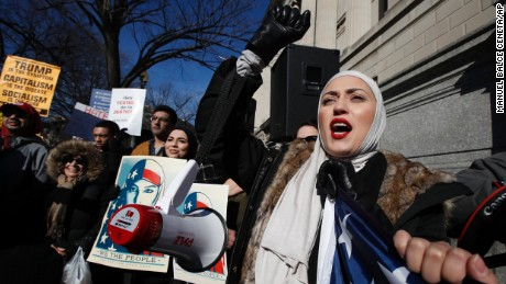 9th Circuit Court of Appeals to hear challenge to Trump's ban Tuesday