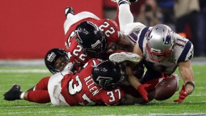 Patriots describe Julian Edelman's unbelievable catch