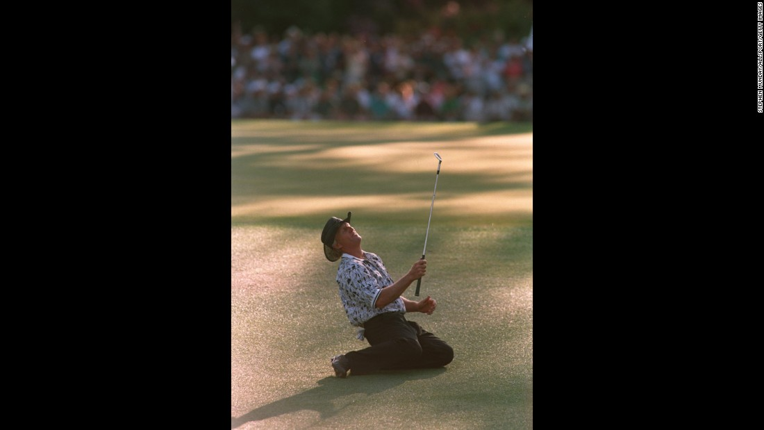 There's blowing a lead and there's BLOWING a lead. In 1996, heading into the final round of the Masters, Greg Norman seemed to have the title sewn up with a 6-stroke lead. Nay. Norman, seen here after missing a chip shot on No. 15, lost the tournament to Nick Faldo, who won by five strokes.