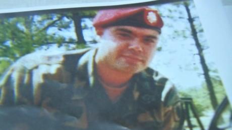 cnnee vo cafe mexicano veterano del ejército de eu podría ser deportado a méxico_00000228