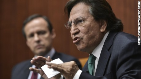 Former President of Peru Alejandro Toledo (R) speaks, watched by former president of Bolivia Jorge Quiroga (L), during a discussion on Venezuela and the OAS at The Center for Strategic and International Studies (CSIS) on June 17, 2016 in Washington, DC. / AFP / Mandel Ngan        (Photo credit should read MANDEL NGAN/AFP/Getty Images)