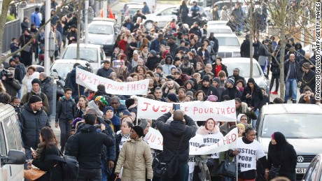 Hundreds demand justice for Théo.
